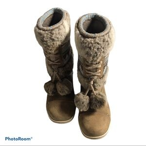 Helly  Henson Iskoras Winter Boots women's 8
